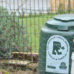 Juan Alberto: Después de reciclar papel, plástico y vidrio, nos animamos a reciclar lo orgánico para compost en un minihuerto doméstico.