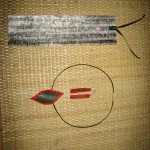 Celia: Usando la técnica de fusión de bolsas, acabo de hacer un marcapáginas, unos pendientes y un colgante. A ver qué os parece.