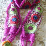 Francisco: Un regalo para este invierno: una bufanda hecha con restos de lanas que sobraron de otras labores.